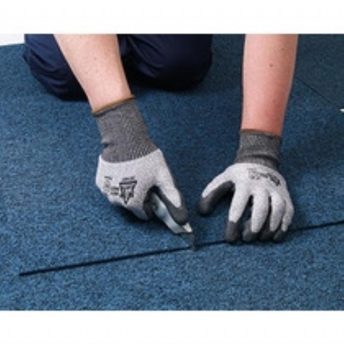 Keepsafe Cut Resistant Level 5 Nitrile Coated Glove