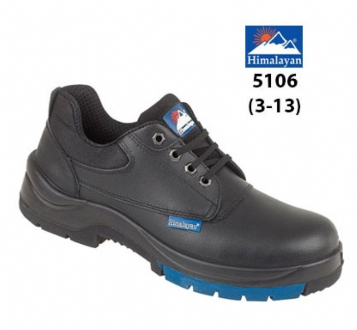 HIMALAYAN  Black Leather HyGrip 4 Eyelet Shoe PU Rubber Outsole