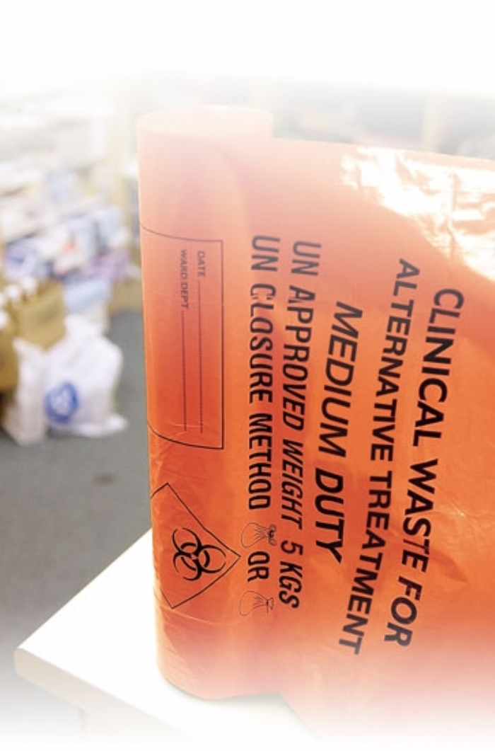 AT25/M085 Clinical Waste H/Duty Roll (15/28x39)